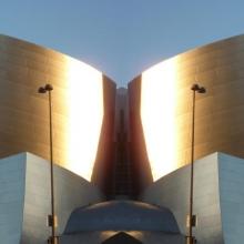 20120322-174458-20120322-174458-P1070349-flip-left-Disney-Concert-Hall-x-2.jpg